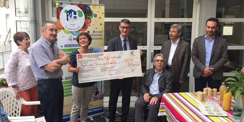 don-fondation-caisse-epargne-loire-centre-maison-des-parents-clocheville-2017